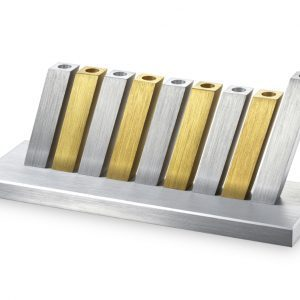 חנוכייה קיניטית זהב