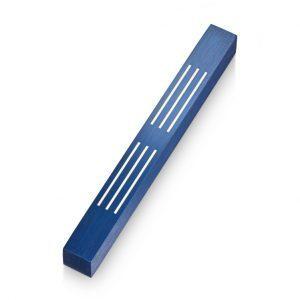 מזוזת קווים כחולה